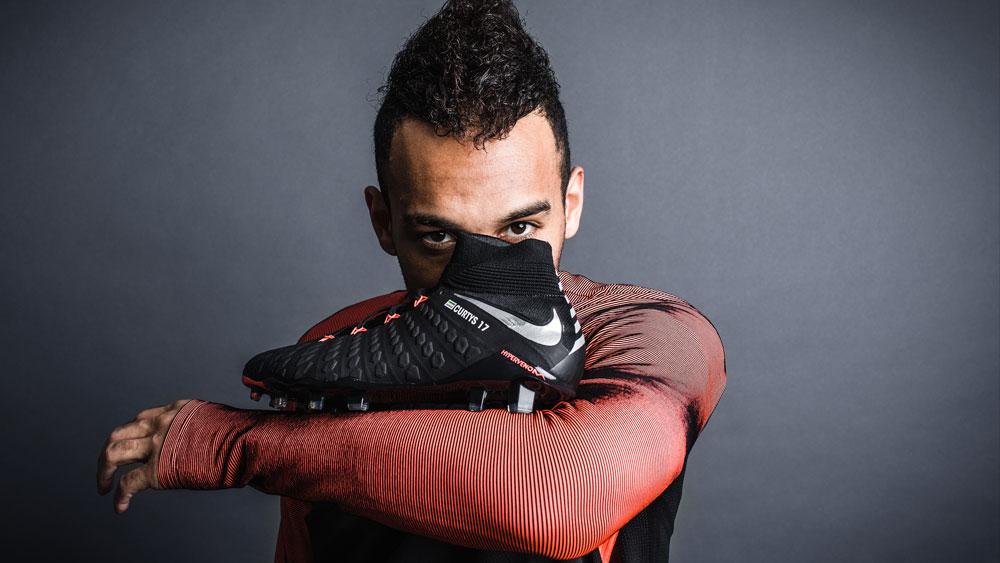 Nike Hypervenom Phantom 3 Strike Knit