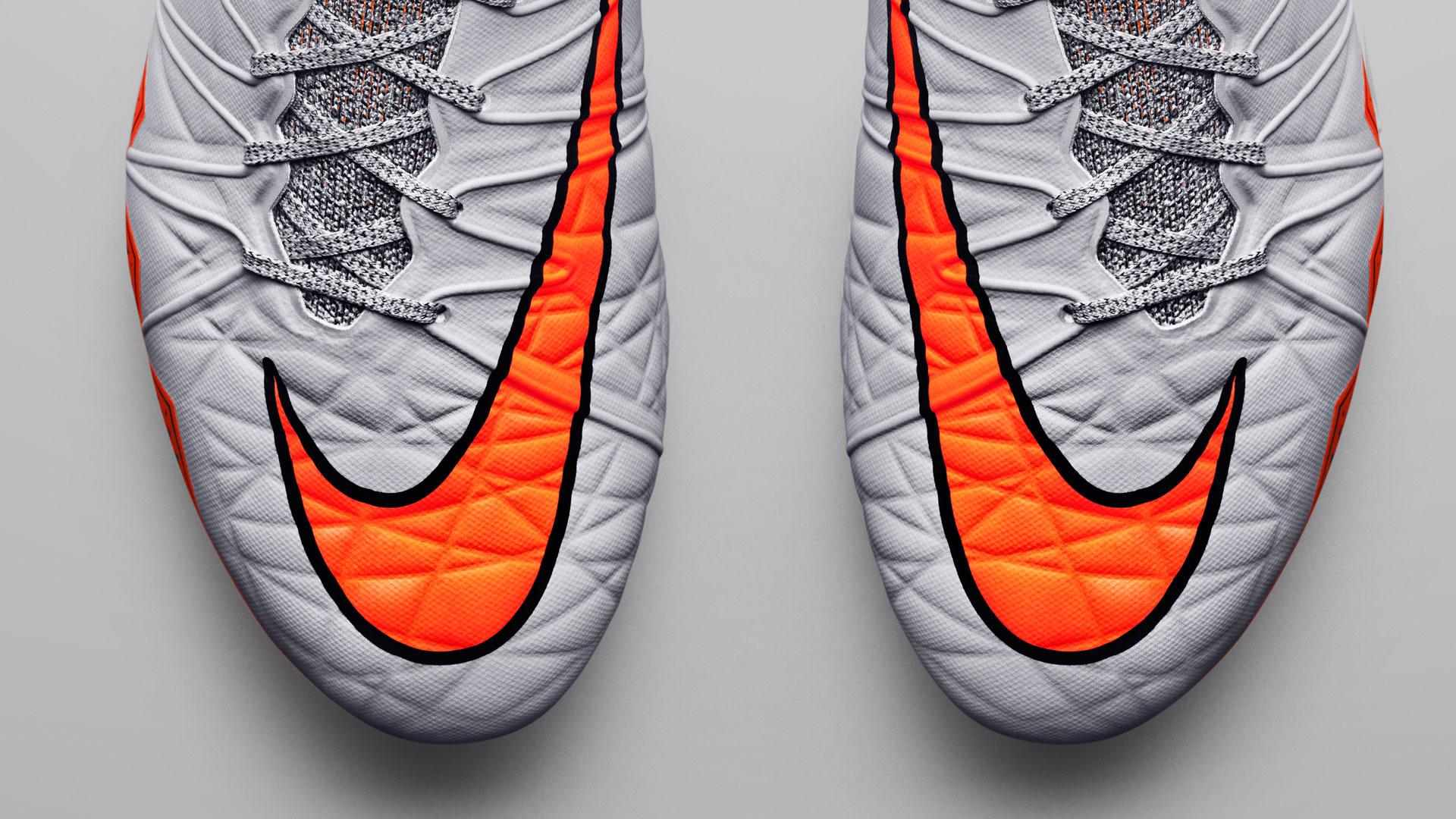 Nike Hypervenom II Flyknit