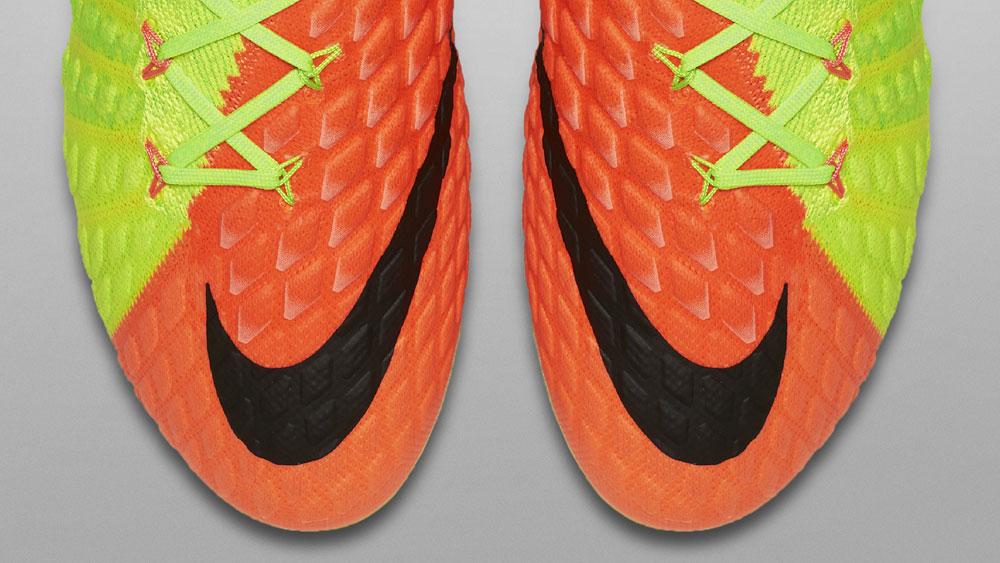 Nike Hypervenom Phantom 3 Flyknit