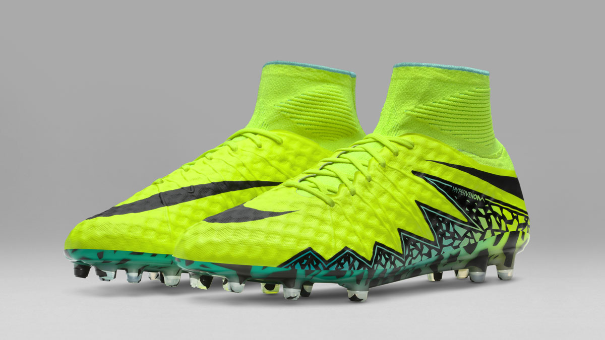 Nike Hypervenom Phantom II und Phinish Nike Spark Brilliance Pack