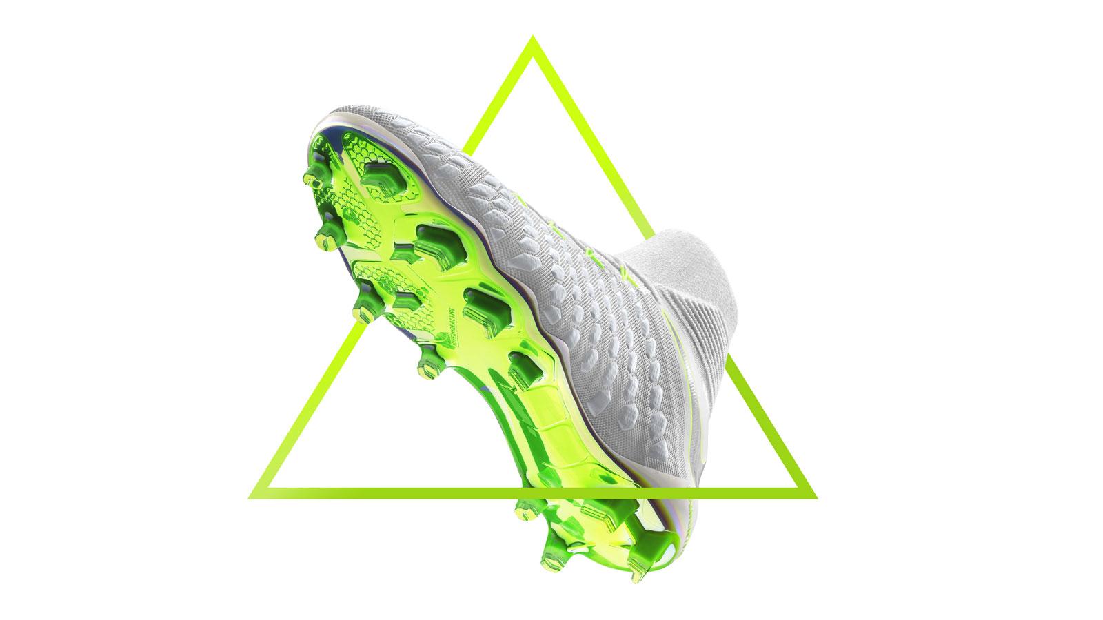 Nike Hypervenom Phantom III und Phantom III DF World Cup Fußballschuhe