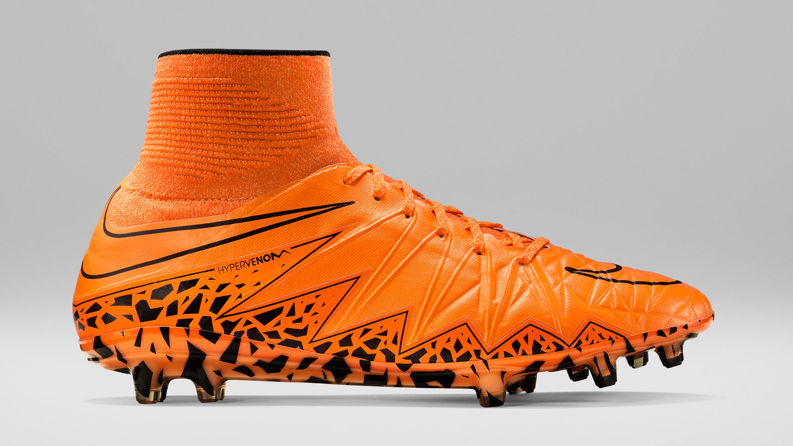 Nike Lightning Storm Pack Hypervenom II Phantom FG total orange