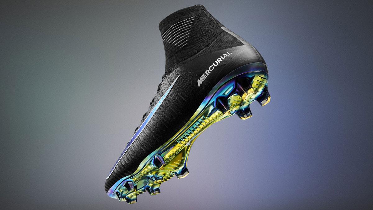 Nike Mercurial Superfly mit der Contoured Sole