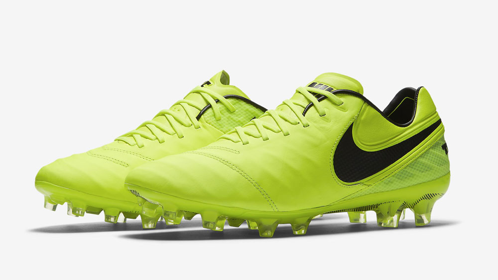 Nike Tiempo Legend Radiation Flare Pack Lederschuhe bestellen